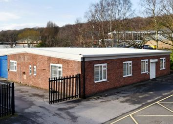 Thumbnail Warehouse to let in Clayton Wood Bank, Lawnswood