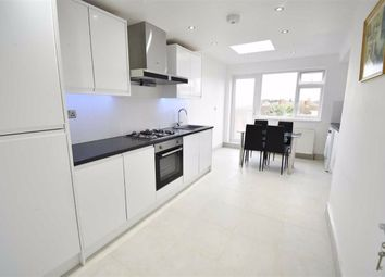 3 bed maisonette to rent in Oakleigh Road North, London N20