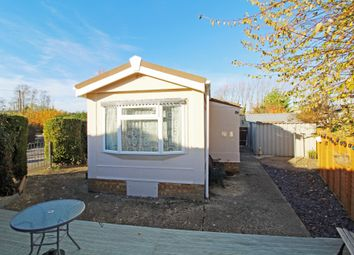Thumbnail 1 bed mobile/park home for sale in Barrow Park, Harwell, Oxon