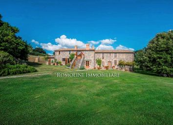 Thumbnail 5 bed property for sale in Orvieto, Umbria, Italy