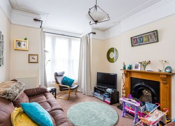 Thumbnail 5 bed town house to rent in Higham Road, Woodford Green