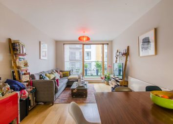 Thumbnail 2 bed flat for sale in Crampton Street SE17, Elephant And Castle,
