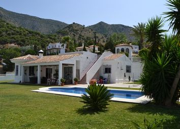 Thumbnail 3 bed villa for sale in Urb. Buena Vista, Benalmádena, Málaga, Andalusia, Spain