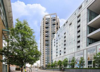 Thumbnail 3 bed flat to rent in Walton Heights, Greenwich, London