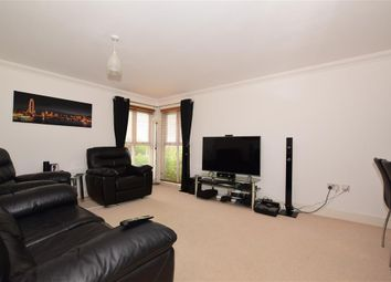 2 bed flat for sale in Redwing Close, Hawkinge, Folkestone, Kent CT18