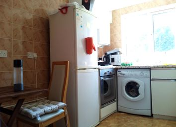 Thumbnail 1 bed flat to rent in Leeside Crescent, London