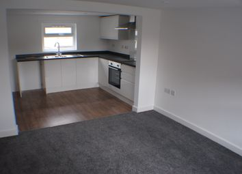 Thumbnail 1 bed flat to rent in Bargates, Christchurch