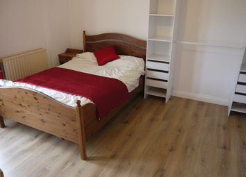 Thumbnail 5 bedroom shared accommodation to rent in Waterloo Road, Gillingham