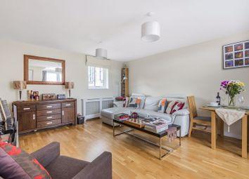 Croft Street, London SE8. 2 bed maisonette
