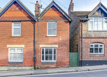 London Road, Westerham TN16. 2 bed semi-detached house for sale