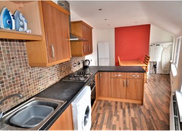 Thumbnail 4 bedroom flat for sale in Grosvenor Square, Southampton