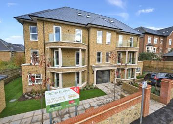 Albury Road, Guildford GU1. 2 bed flat for sale