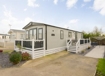 Thumbnail 2 bedroom mobile/park home for sale in Bluewater, Sea View Holiday Park, St Johns Rd, Whitstable, Kent