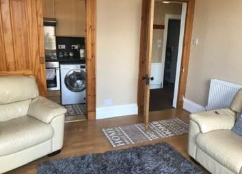 2 bed flat to rent in 28 Northfield Place, 2nd Floor Right AB25