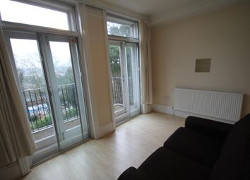 Thumbnail 1 bed flat to rent in Hart Hill Drive, Luton