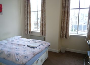 Thumbnail 3 bed flat to rent in South Bridge, Old Town, Edinburgh