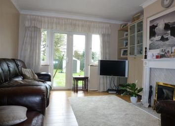 3 bed property to rent in Mountside, Stanmore HA7