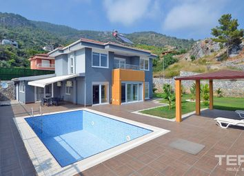 Thumbnail 4 bed villa for sale in Alanya, Oba, Mediterranean, Turkey