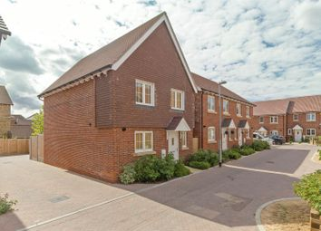 Thumbnail 4 bedroom detached house for sale in Leigh Road, Great Easthall, Sittingbourne