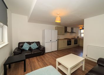 1 bed terraced house to rent in 33A, Southsea PO5