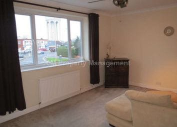 Thumbnail 1 bed flat to rent in Halls Road, Tilehurst, Reading