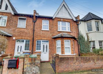 2 bed maisonette for sale in Rosslyn Crescent, Harrow HA1