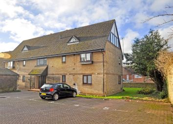 Thumbnail 2 bed flat for sale in Reynard Court, Bicester