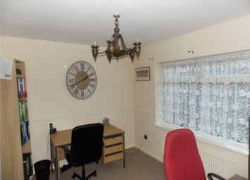 Thumbnail 2 bed property to rent in Queens Road South, Eastwood, Nottingham