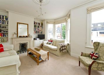 2 bed flat to rent in Queensmill Road, London SW6