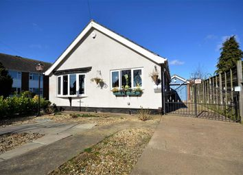 Thumbnail 2 bedroom bungalow for sale in South View, Holton-Le-Clay, Grimsby