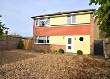 Thumbnail 3 bedroom detached house to rent in Green Drift, Royston, Herts