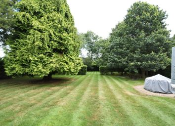 Thumbnail 5 bed detached house for sale in Worlds End Lane, Chelsfield, Kent