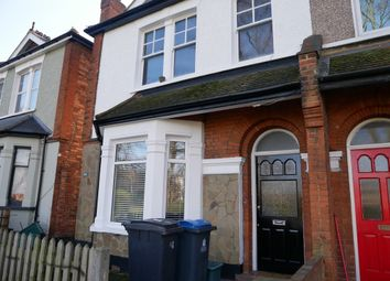Thumbnail 3 bed flat to rent in Fairfield South, Kingston