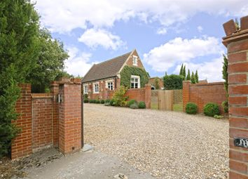 Thumbnail 6 bed detached house for sale in Watling Street, Elstree, Borehamwood