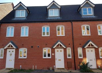 Thumbnail 3 bed town house to rent in Hull Street, Hilton, Derby