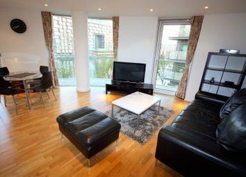 Thumbnail 2 bed flat to rent in 37 Millharbour, Canary Wharf, South Quay, London
