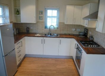 Thumbnail 1 bed flat to rent in Rockbourne Road, Sherfield-On-Loddon, Hook