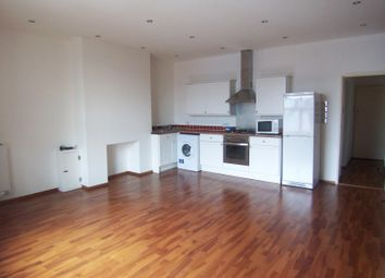 Thumbnail 1 bed flat to rent in Albert Road, Southsea