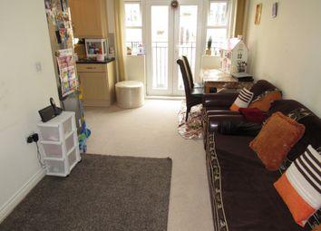 Thumbnail 2 bedroom flat for sale in Warren Way, Queensbury
