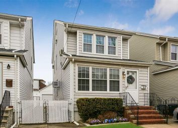 Thumbnail 4 bed property for sale in Bellerose, Long Island, 11426, United States Of America