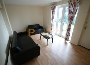 Thumbnail 5 bed shared accommodation to rent in Willow Avenue, Hyde Park, Leeds