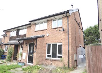 2 bed maisonette to rent in Ruskin Way, Colliers Wood SW19