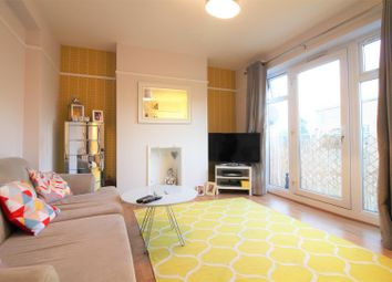 Thumbnail 1 bedroom flat to rent in Hutton Close, Hertford