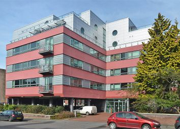 2 bed flat to rent in Queens Road, Coventry CV1
