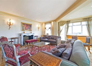Thumbnail 5 bed flat to rent in Kingston House North, Princes Gate, Knightsbridge, London