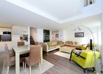 Thumbnail 2 bed duplex for sale in Marconi House, Strand, London