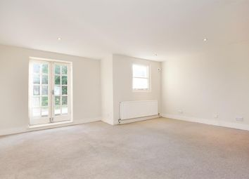 Thumbnail 3 bedroom flat to rent in Dalston Lane, London