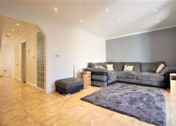 Thumbnail 4 bed end terrace house for sale in Kimptons Mead, Potters Bar