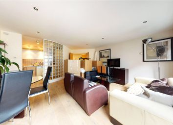 Thumbnail 2 bed flat to rent in Calvin Street, London