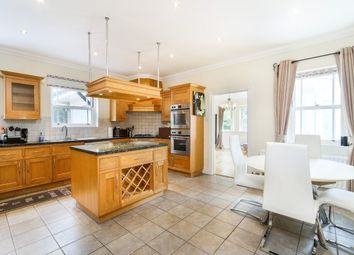5 bed property to rent in Wyatt Drive, Richmond SW13